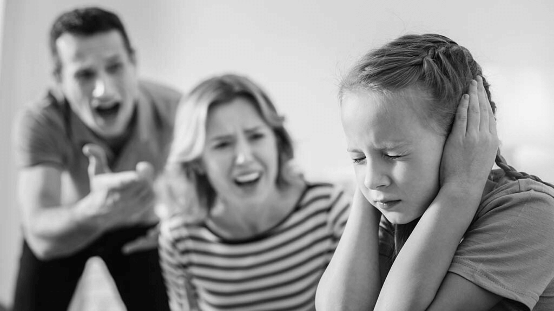 Many people fail to spot the 7 defining sign of toxic parents.